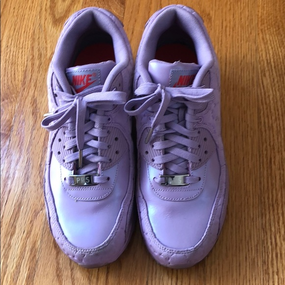 brand new 08045 d072f Nike -Air Max 95 Paris COLLECTION ( Purple). M5b9a817b534ef9d5a3825ebc